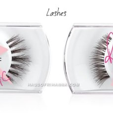 RiRi ♥ MAC false eyelashes