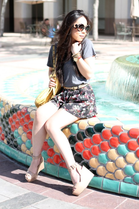 www.HautePinkPretty.com - An Dyer wearing Brass Plum Tee, Forever 21 Gold Mustache Necklace, GoldBraided Belt & Floral Shorts, Lulus Mustard Applique Bag, Glint & Gleam Vegan Braided Bracelet, H&M Gold Cuff, BCBGeneration Lee Flatforms, Prada Round Baroque Runway SS'11 Sunglasses