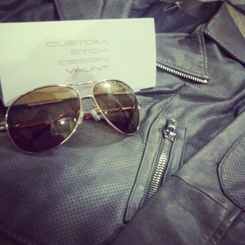 Goodies courtesy of Vaunt Eyewear - I'm so excited to share these awesome sunglasses with you guys. If you look closely you can see the leopard print etching on the sunglasses. Seriously cool!