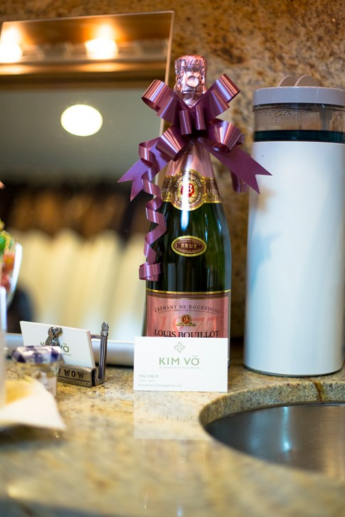 HautePinkPretty An Dyer visits Mika Fowler at Kim Vo Salon Montage Hotel Beverly Hills - card & champagne