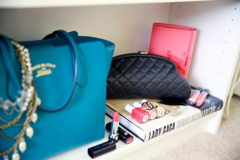 bag closet decor