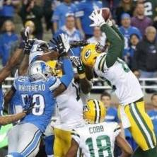 519302542-Packers-Stun-Lions-on-Aaron-Rodgers-Hail-Mary
