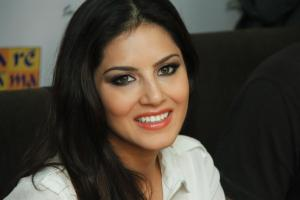 Sunny Leone High Definition Wallpapers-001