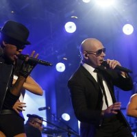 """Pitbull's """"Time of Our Lives"""" Goes Top 10 at Rhythmic; Chris Brown & Tyga Hit #18"""