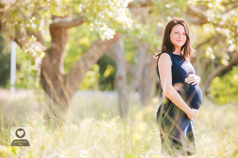 natural light maternity shoot