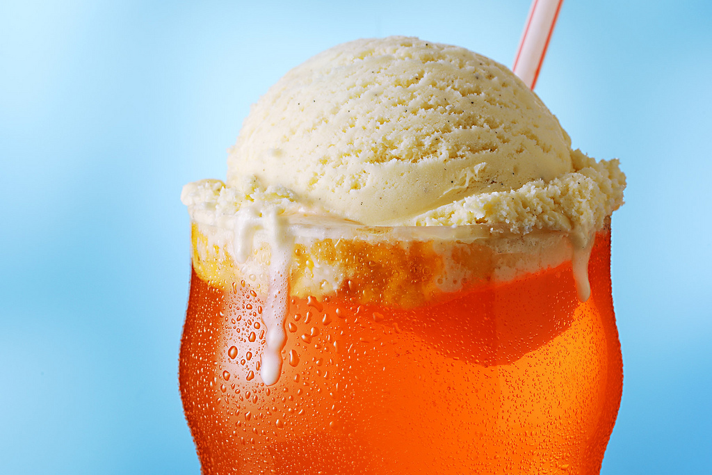 An Orange Float is made with vanilla ice cream and any orange soft ...