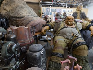 creature-shop-pano-tall