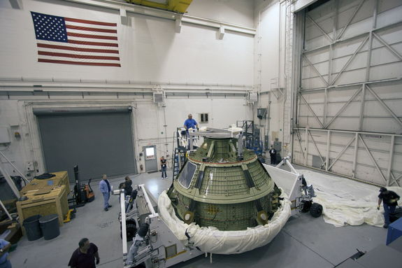 orion-capsule-uncovered