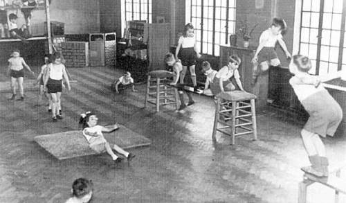"pe class 1950 America's ""Official"" Obesity Solution"