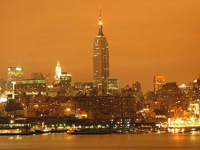 400px-Empire_State_Building_Night