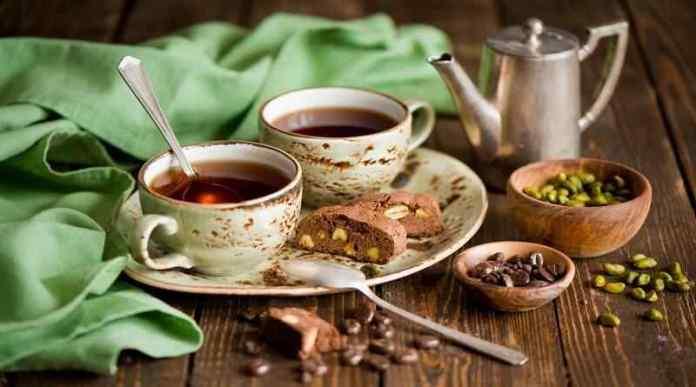 milk tea vs black tea vs green tea