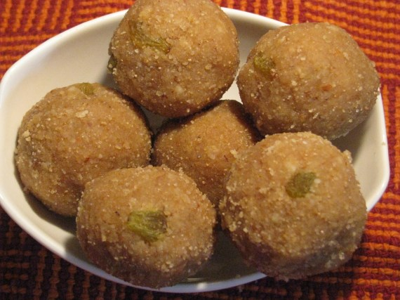 atta ladoo recipe