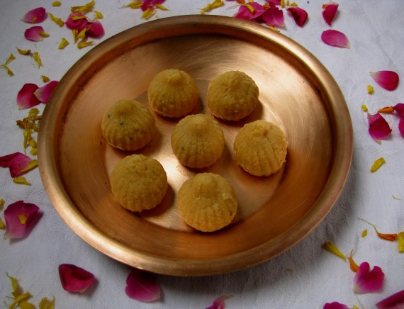 Modak recipe in Marathi , Hindi