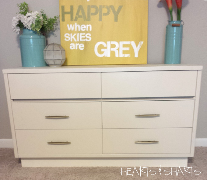 vintage-dresser-before-Hearts-And-Sharts