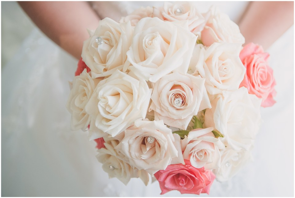 south jersey wedding photographer, white pink rose bouquet,
