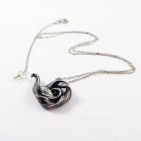 Mitsuro Jasmine Teapot Necklace in Silver with Citrine Bead