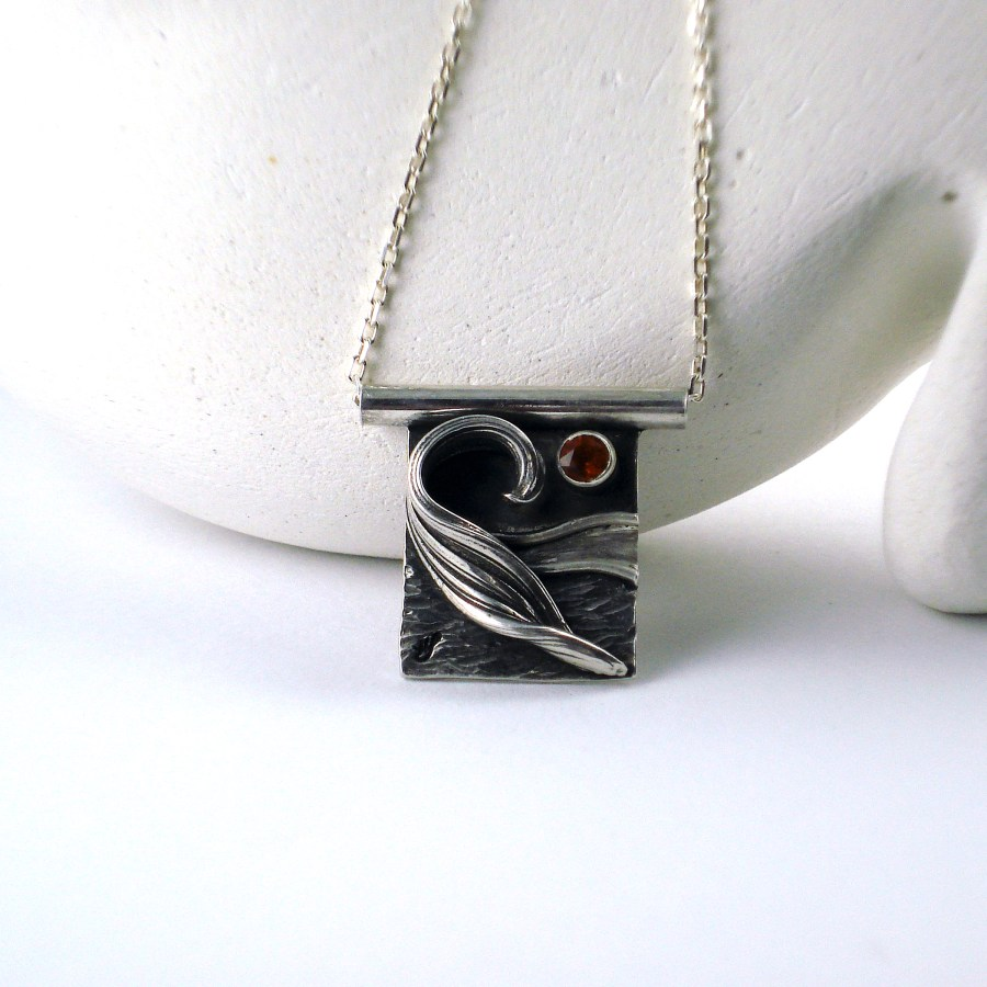 Picturesque Wave Painting Necklace 6