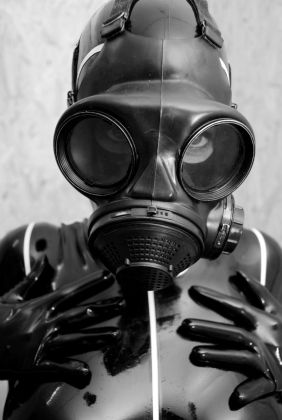 Gasmask rubber fetish