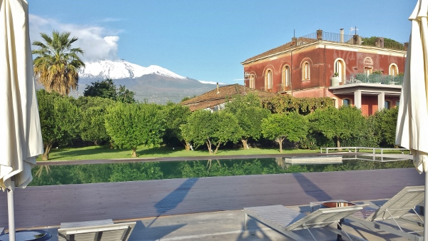 Zash Country Boutique Hotel Sicily Infinity Pool Etna view