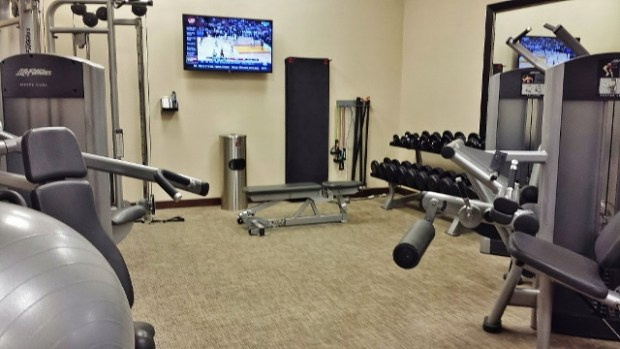 Grand hyatt denver review skycourt rooftop gym - Capital tower fitness first swimming pool ...