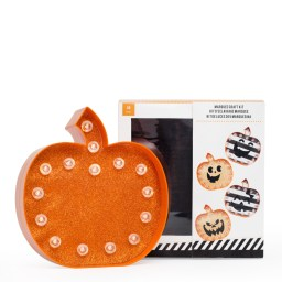 314884-plastic-pumpkin-kit
