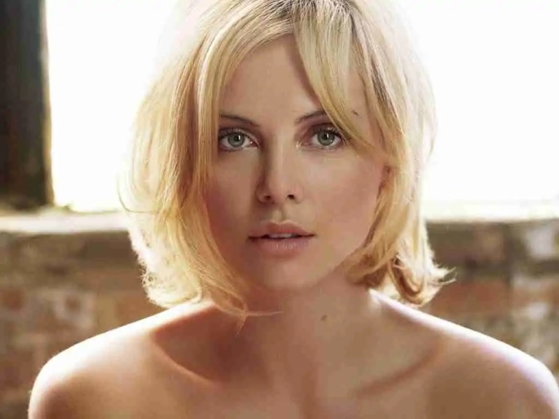 Large Of Charlize Theron Height