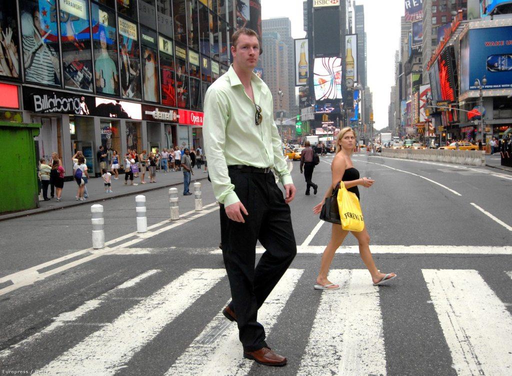 Neil Fingleton's height 1