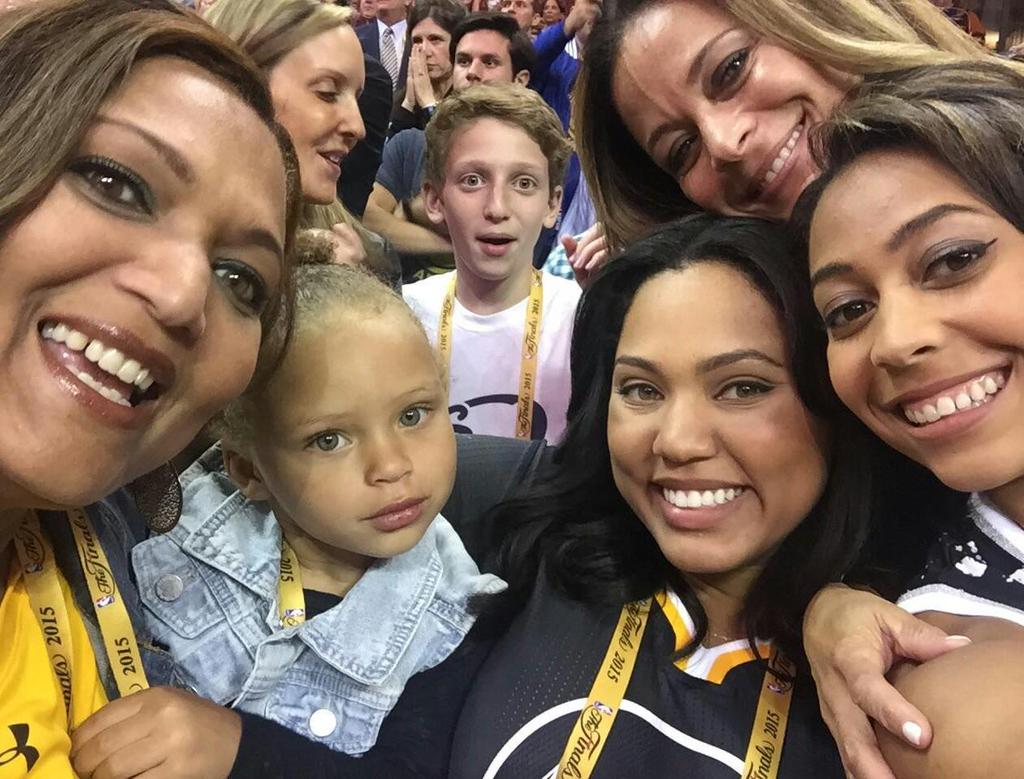 Excellent Stephen Bror Ddd Stephen Curry Sister Parents Ayesha Disa Curry Parents Steph Ayesha Curry Parents Magazine nice food Ayesha Curry Parents