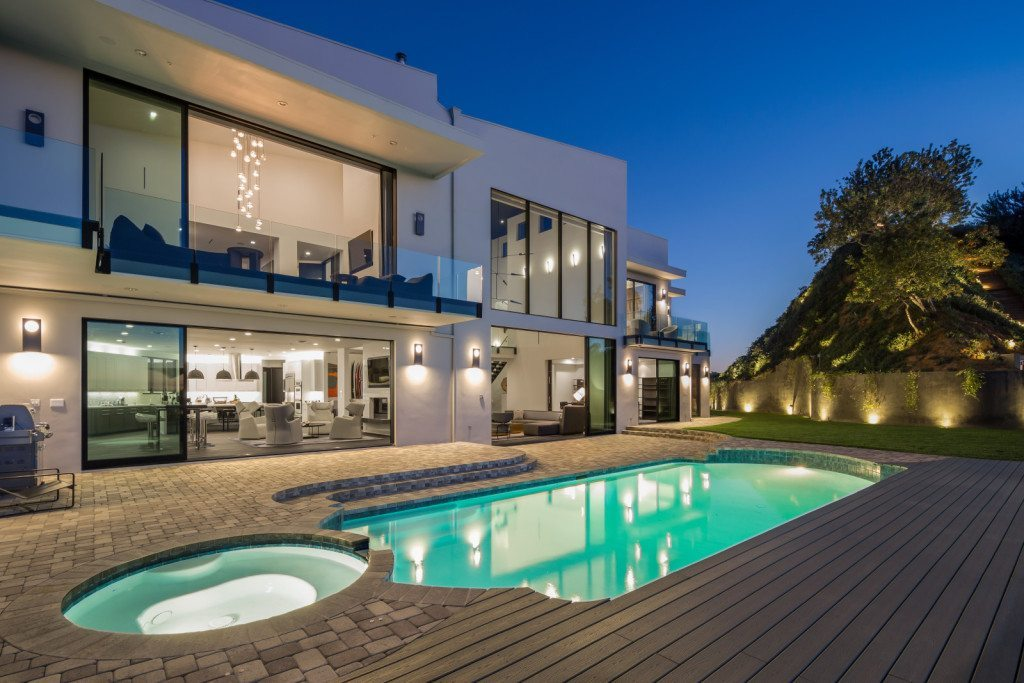 Rihanna's Beverly Hills Mansion 2