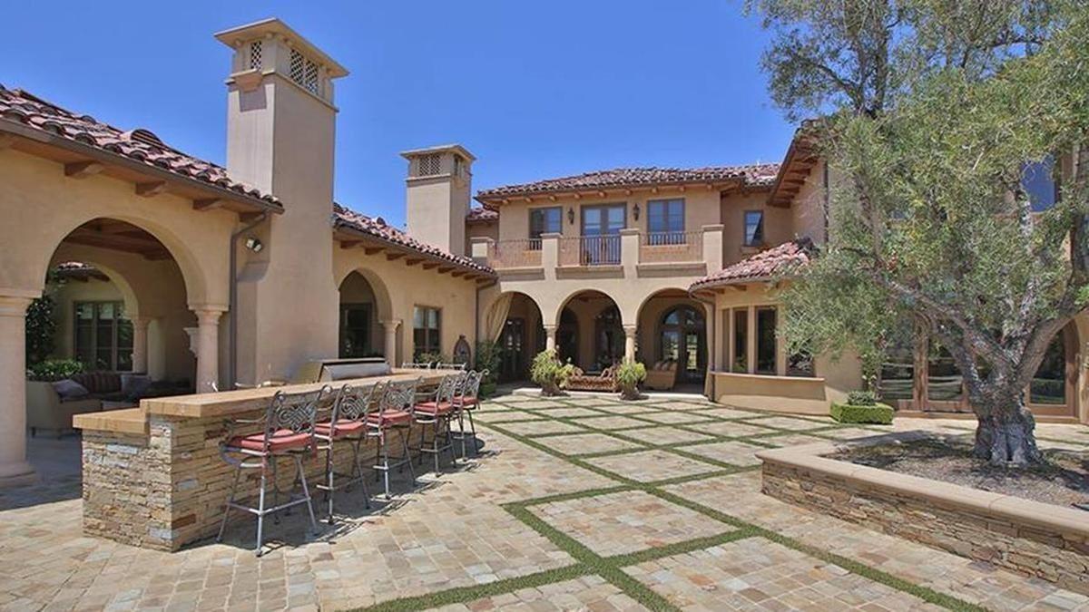 Chris Paul's wife house