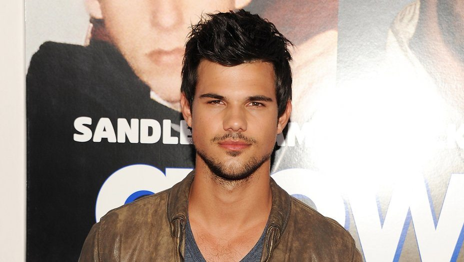 Taylor Lautner's girlfriend