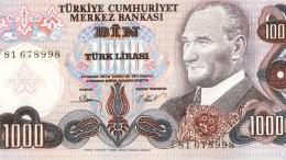 Σε νέο ιστορικό χαμηλό έπεσε η τουρκική λίρα έναντι του δολαρίου.