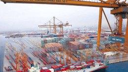 Η ΕΕ θα επιδιώξει περισσότερο και καλύτερο εμπόριο με την Κίνα. Η συμφωνία για επενδύσεις πρέπει να εξασφαλίζει ισότιμο πεδίο δράσης για τις κινεζικές και τις ευρωπαϊκές εταιρίες. ΑΠΕ-ΜΠΕ