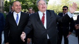 Οι υπουργοί Εξωτερικών της Ελλάδας και της Τουρκίας (Α). Φωτογραφία ΑΠΕ-ΜΠΕ