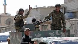 Members of Kurdish People Defence Units (YPG). EPA, SEDAT SUNA