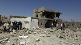 Δεκατέσσερις νεκροί σε επιδρομές του αραβικού συνασπισμού, ο οποίος απαντά στις απειλές των Χούτι ότι θα εμποδίσουν τη ναυσιπλοΐα στην Ερυθρά Θάλασσα. Φωτογραφία αρχείου. EPA/YAHYA ARHAB