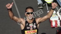 Ο Χριστόφορος Μερούσης για τρίτη συνεχή χρονιά και με επίδοση 2:21.22, αναδείχθηκε νικητής στον Μαραθώνιο ανδρών. ΑΠΕ-ΜΠΕ, ΑΛΕΞΑΝΔΡΟΣ ΒΛΑΧΟΣ