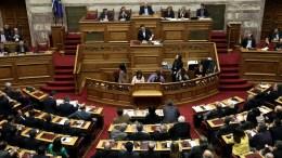 Η Ολομέλεια της Βουλής. ΑΠΕ-ΜΠΕ, ΣΥΜΕΛΑ ΠΑΝΤΖΑΡΤΖΗ