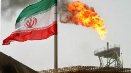 """Ως εχθρική ενέργεια του  Τραμπ (κατά του Λαριτζανί) εξέλαβε το Ιράν τις αμερικανικές κυρώσεις, λέγοντας  πως συνιστά παραβίαση του διεθνούς δικαίου και σίγουρα θα απαντηθεί με τη σοβαρή αντίδραση της Ισλαμικής Δημοκρατίας"""" Φωτογραφία EPA"""