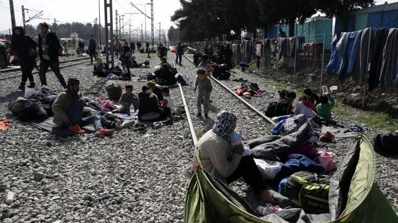 FILE PHOTO. Πρόσφυγες και μετανάστες στην Ειδομένη. ΦΩΤΟΓΡΑΦΙΑ ΑΡΧΕΙΟΥ. ΑΠΕ-ΜΠΕ/ΣΥΜΕΛΑ ΠΑΝΤΖΑΡΤΖΗ