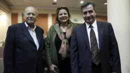 Ο πρώην υπουργός Γεράσιμος Αρσένης, ο δήμαρχος Αθηναίων Γιώργος Καμίνης (Δ), και η πρόεδρος της Εθνικής Τράπεζας Λούκα Κατσέλη. ΑΠΕ-ΜΠε, ΓΙΑΝΝΗΣ ΚΟΛΕΣΙΔΗΣ