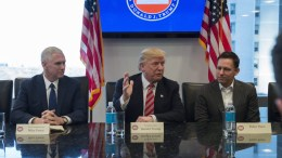 US President-elect Donald Trump (C) attends a meeting of technology chiefs in the Trump Organization conference room at Trump Tower in New York, New York, USA, 14 December 2016. EPA, Albin Lohr-Jones / POOL