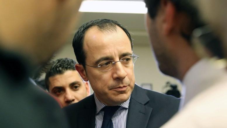 Ο Κυβερνητικός Εκπρόσωπος κ. Νίκος Χριστοδουλίδης προβαίνει σε δηλώσεις στα ΜΜΕ στη Γενεύη της Ελβετίας όπου διεξήχθησαν οι διαπραγματεύσεις για το Κυπριακό, Τετάρτη 11 Ιανουαρίου 2017. ΚΥΠΕ, ΚΑΤΙΑ ΧΡΙΣΤΟΔΟΥΛΟΥ