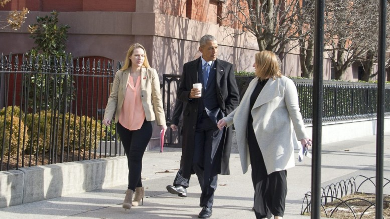 United States President Barack Obama departs Blair House to walk back to the White House following his interview with Vox in Washington, DC, USA, on 06 January 2017. EPA, Ron Sachs / POOL
