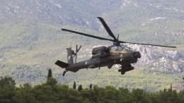 Ελικόπτερο APACHE της Ελληνικής Αεροπορίας Στρατού. ΑΠΕ-ΜΠΕ/ΠΑΝΤΕΛΗΣ ΣΑΪΤΑΣ