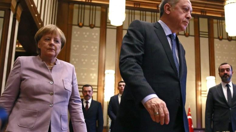FILE PHOTO. German Chancellor Angela Merkel (L) and Turkish President Recep Tayyip Erdogan (R) . EPA, TUMAY BERKIN