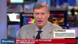 Ο Τεντ Μάλοκ, ο καθηγητής και συγγραφέας που φαίνεται ότι  επελέγη από τον Αμερικανό πρόεδρο Ντόναλντ Τραμπ για τη θέση του πρεσβευτή των ΗΠΑ στην Ευρωπαϊκή Ένωση. Ο διορισμός του δεν έχει ανακοινωθεί ακόμα. Φωτογραφία via Bloomberg