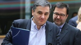 Greek Finance Minister Eucleidis Tsakalotos aqrrives for an European Finance Ministers meeting in Brussels, Belgium. EPA, OLIVIER HOSLET
