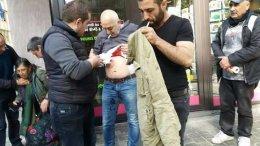 Τραυματίας από τις επιθέσεις Τούρκων εναντίον Κούρδων στις Βρυξέλλες. Φωτογραφία via Twitter, @KomNewsCom