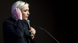French far-right Front National (FN) party leader and presidential candidate, Marine Le Pen delivers a speech. FILE PHOTO. EPA, ETIENNE LAURENT